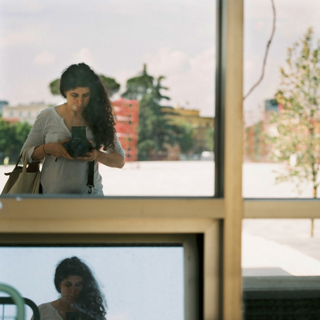 Portrait © Tami Notsani