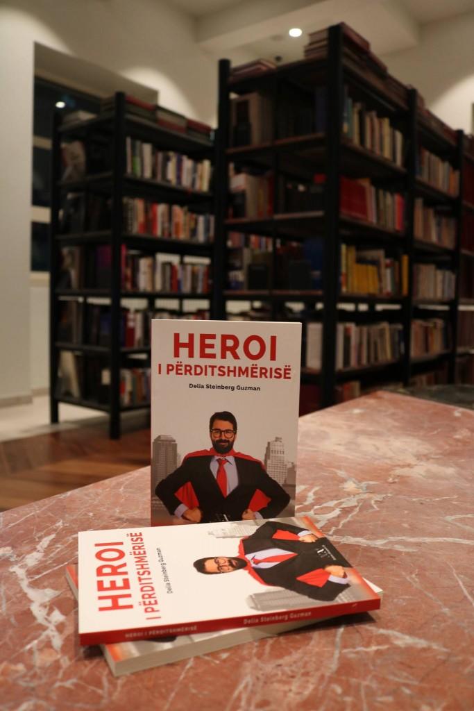 """Promovimi i librit """"Heroi i Përditshmërisë"""""""